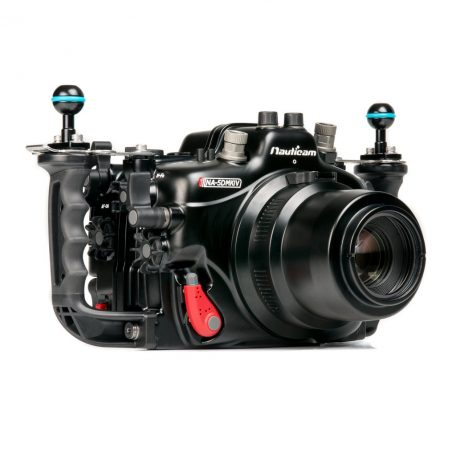 Nauticam NA-5DMKIV (camera and port as an example. Not supplied)